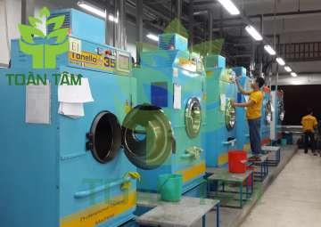 Dịch vụ giặt rèm/giặt màn cửa giá tốt ngay tại Quận 2