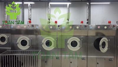 máy móc giặt lót nệm chuyên dụng hiện đại